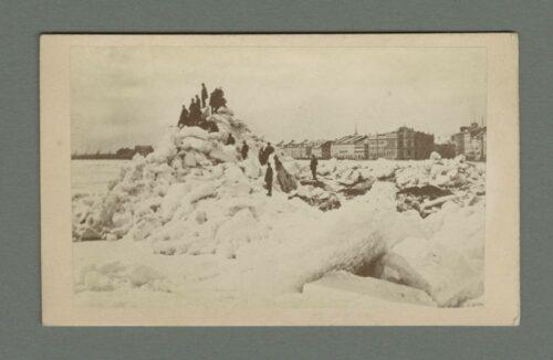 Edmondson d'après Notman - glaces sur le fleuve